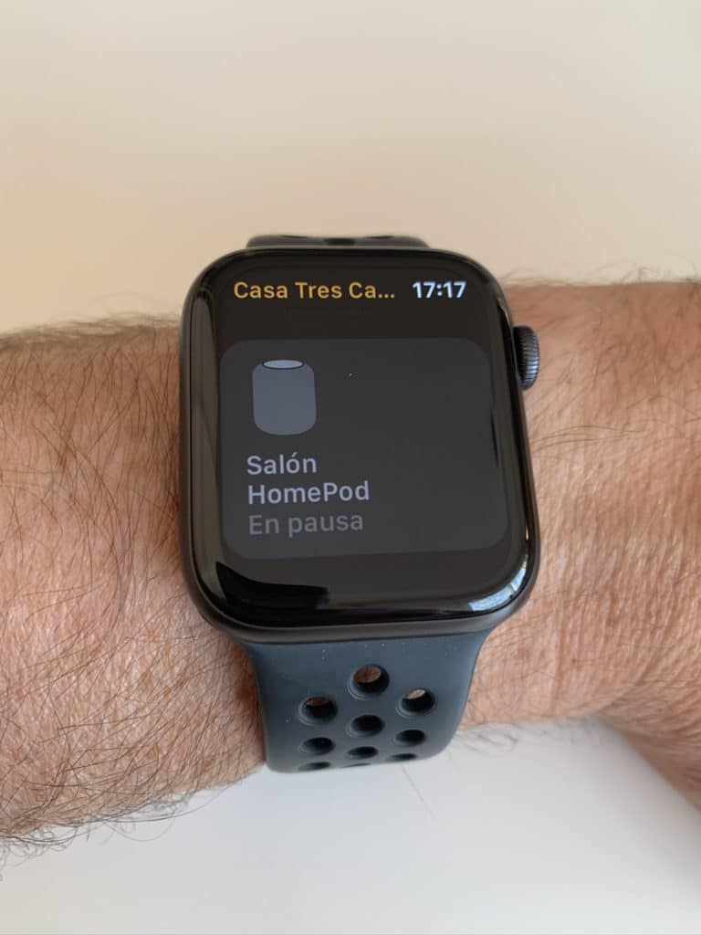 Estado de los dispositivos en la app Casa del Apple Watch